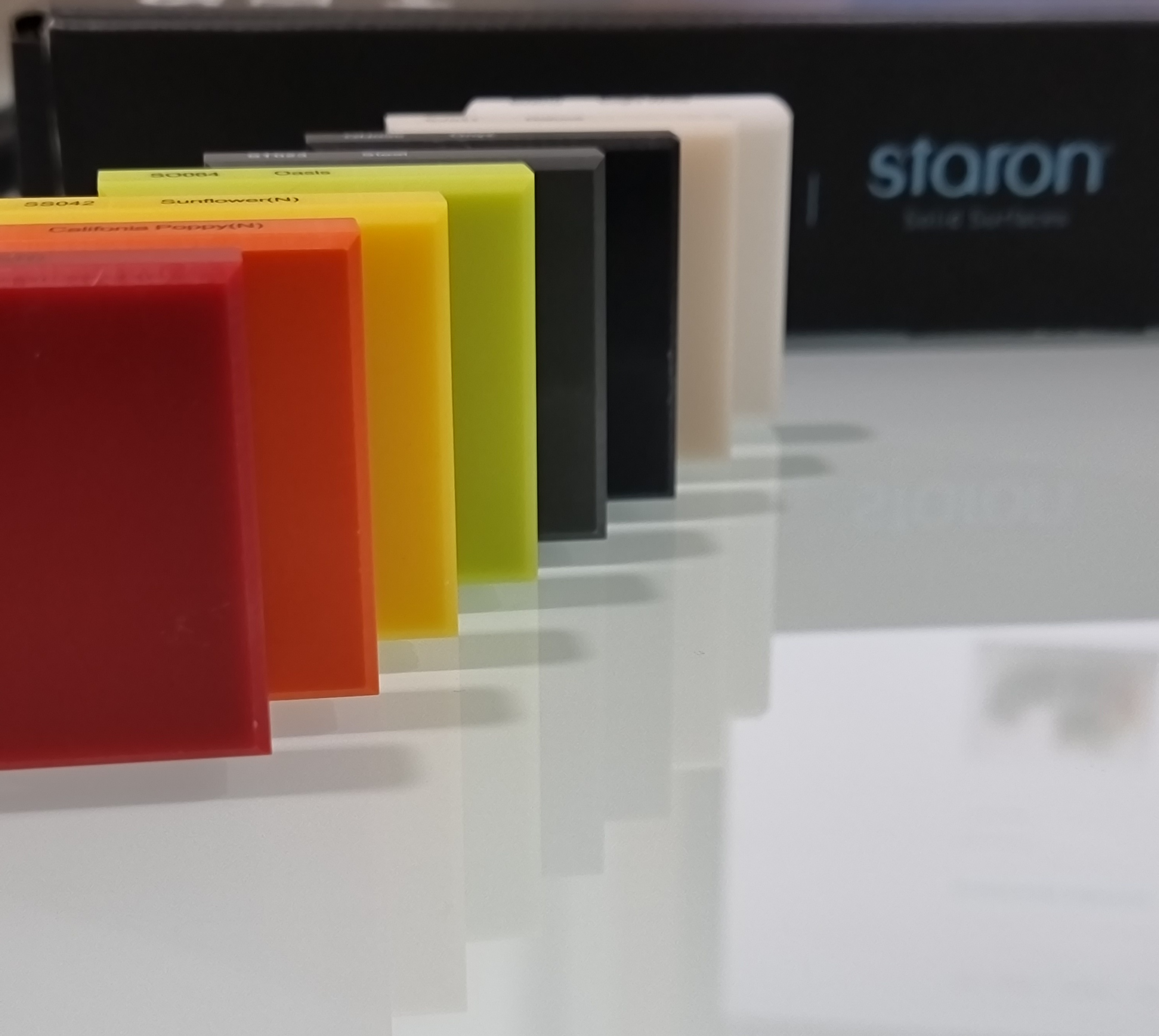 Solid colors group